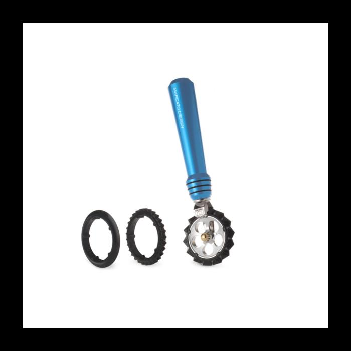 Фигурный нож для теста Marcato Pastawheel Light Blue