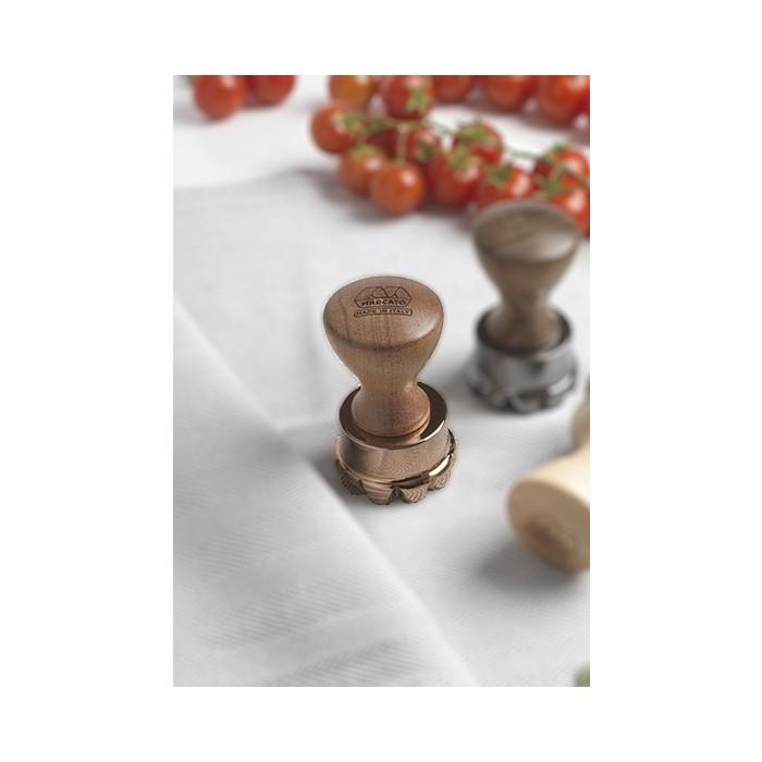 Штамп для равиоили в форме цветочка Marcato Flower Stamp 50 мм
